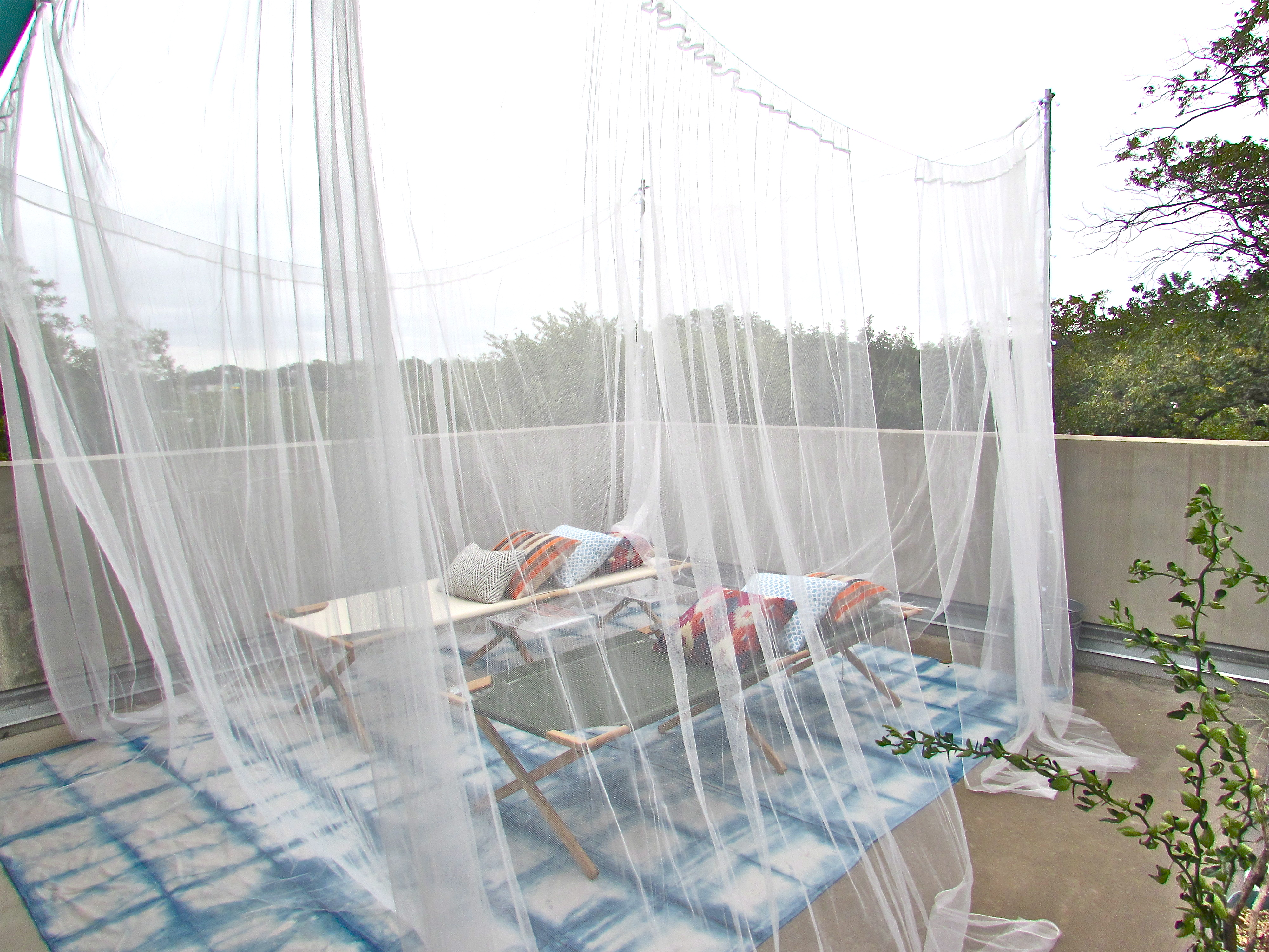 mosquito-net-canopy-lounge